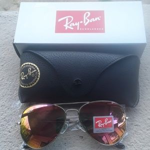 Brand New Pink RayBan Aviators 62mm Never Worn.
